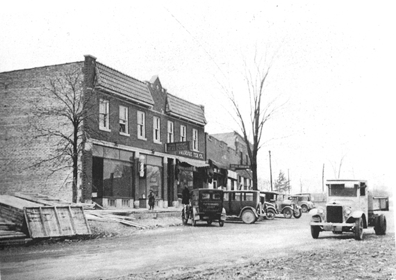 Clarendon Hills in the 1930's